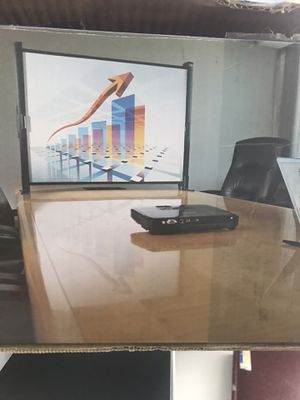 Tabletop projection screen for Sale in Hartford, CT