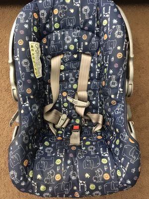 Car seat for infants in excellent condition for Sale in Stockton, CA