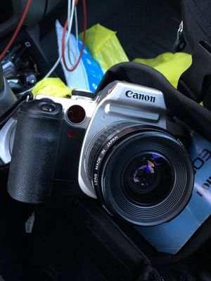 Canon Made in Japan (SLR camera) -Not Digital,needs film for Sale in Johnsburg, IL