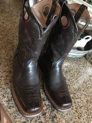 Women's boots for Sale in Phoenix, AZ