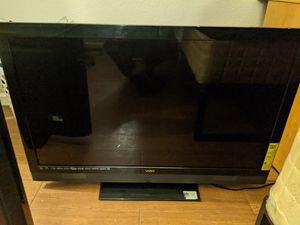 2 vizio tvs for Sale in Dallas, TX