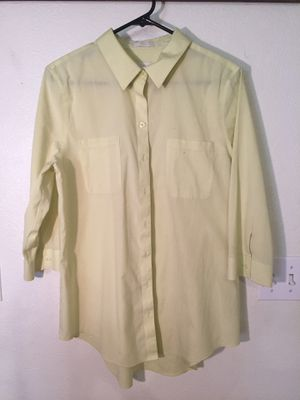 Chico's Light lime green collared long sleeved shirt for Sale in North Las Vegas, NV