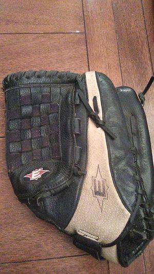 "Baseball or softball glove size 14"" for Sale in Covina, CA"