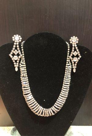 Beautiful set diamonds rhinestone necklace and earring for Sale in La Mirada, CA