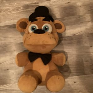 20 Inch Freddy Plush for Sale in Saint Charles, MO