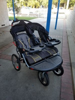 STROLLER IN GREAT CONDITION for Sale in Claremont, CA