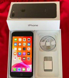 iPhone 7+ factory unlocked 128gb for Sale in Binghamton, NY