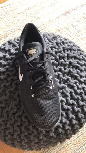 Men's Nike's shoe for Sale in Oregon City, OR