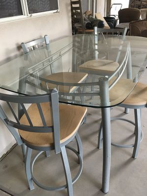 Very sturdy glass table with 4 chairs for Sale in Peoria, AZ