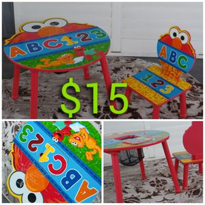 Kids table & chair for Sale in Las Vegas, NV