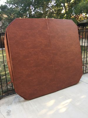 New hot tub cover. $400.00 value for Sale in Palmdale, CA