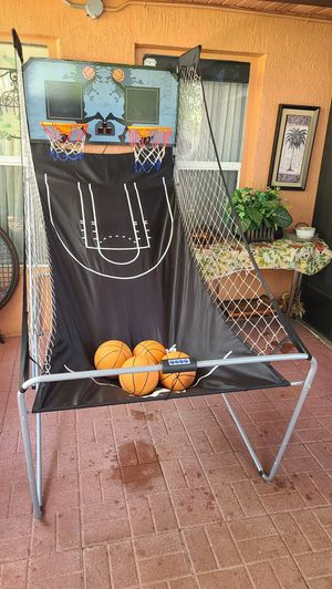 Indoor Basketball hoop, for Sale in Orlando, FL