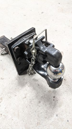 2'' x 2'' Solid Adjustable Mounting plate & 8 Ton Pintle w/ 2'' Ball COMBO Hitch for Sale in Berwick, PA