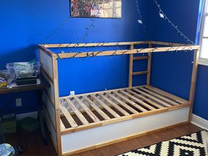 KURA Reversible bed, white, pine, Twin kids for Sale in Boynton Beach, FL