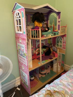 18 inch dollhouse for Sale in Wynnewood, PA