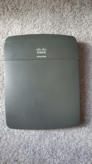 Cisco Linksys E900 WiFi Router (No power cable) for Sale in Weymouth, MA