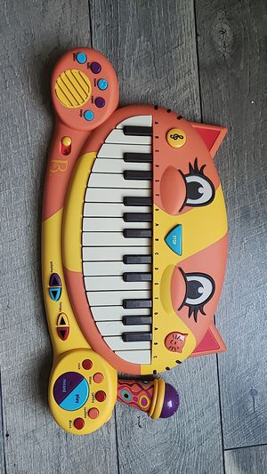 Cat piano keyboard like new for Sale in Brentwood, NC