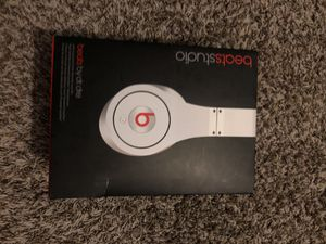 Beats studio white for Sale in Bloomingdale, IL