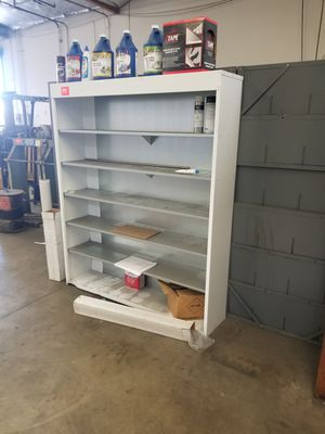 Metal Rack with shelves pick up today only til 4pm for Sale in Lynwood, CA