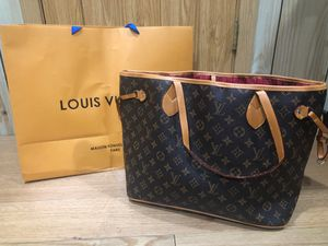 Louis vuitton Hand bag for Sale in West Chicago, IL