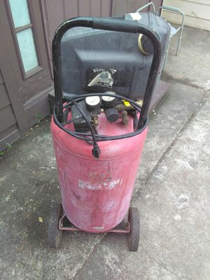 Central pnenumatic 50 gal portable air compressor for Sale in Houston, TX