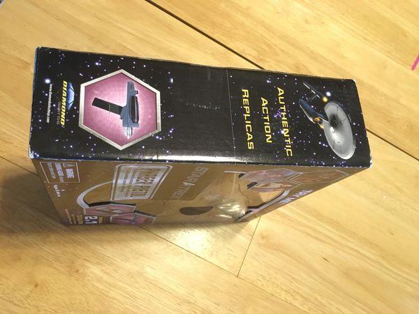Star Trek Phaser Pistol Collectible by Art Asylum (Diamond Select Toys)