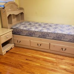 Twin Bed With Drawers And Night Stand for Sale in East Brunswick,  NJ