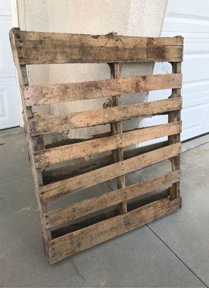 Pallet free for Sale in Murrieta, CA