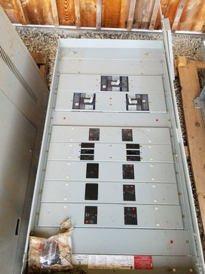 Power Distribution Panel, 600 Amp, 3 Phase, Industrial Garage for Sale in Cartersville, VA