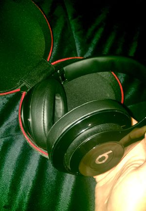 Glossy Black Beats Studio Wireless Headphones for Sale in Etna, OH