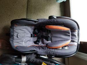 Chaild car seat for Sale in Willingboro, NJ