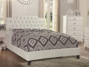 Queen bed brand new in box. Includes Mattresses. for Sale in Miami Lakes, FL