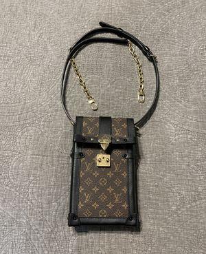 Louis Vuitton VERTICAL TRUNK POCHETTE & BANDOULIÈRE for Sale in Vancouver, WA