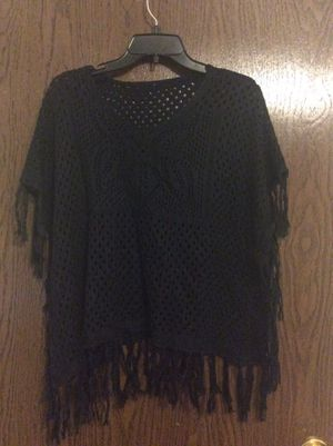 Black net top With Fringes. Cotton. Condition is very good preowned . Sleeveless. Length 23 onches without fringesWidth 56 inches There is no labe for Sale in Aurora, CO