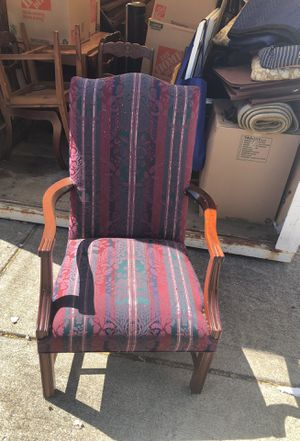 Formal antique chair for Sale in Nashville, TN