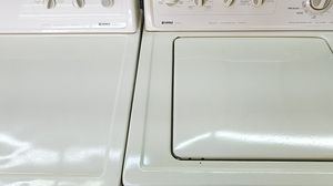 Washer and dryer off white Kenmore for Sale in Dearborn, MI