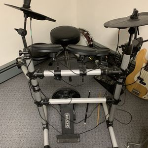Simmons Electric Drum Set for Sale in Huntington, NY