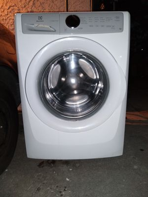 Electrolux LuxCare Wash for Sale in City of Industry, CA