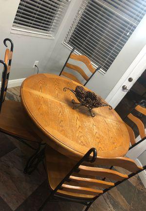 Kitchen table for Sale in Brandon, FL