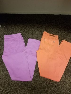 2 pants size 9 women skinny for Sale in Lake Elsinore, CA