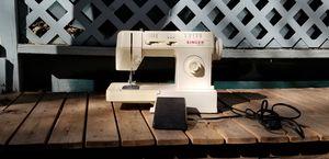 Singer merrit vintage sewing machine for Sale in Austin, TX