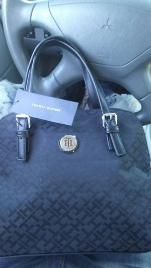 Tommy hand bag for Sale in Tucson, AZ