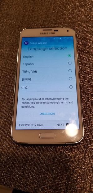 2 Samsung galaxy s5 for Sale in Everett, WA