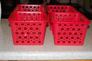 4 BASKETS RED ORGANIZE closet ♥ for Sale in Downers Grove, IL