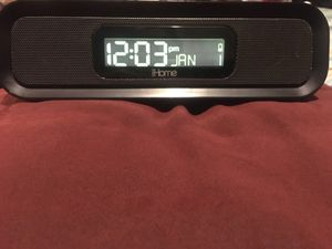 Ihome radio/clock with Aran and date for Sale in Huntington Beach, CA