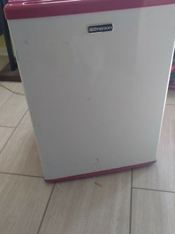 Mini Fridge for Sale in Capitol Heights,  MD