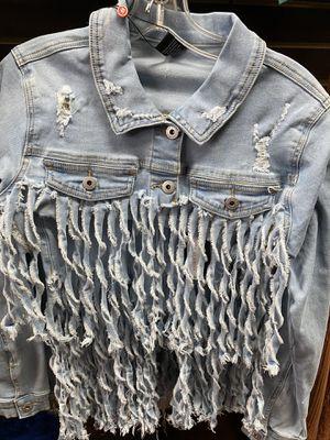 2 pcs fringe denim shorts set for Sale in Dearborn, MI
