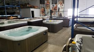 Dozens of new and pre-owned hot tubs - priced to go! for Sale in Chandler, AZ