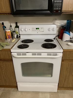 GE Electric Range - Oven for Sale in Gig Harbor, WA