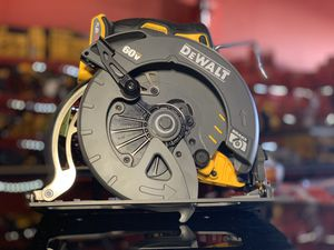 DEWALT 60v CORDLESS 7-1/4in CIRCULAR SAW TOOL ONLY for Sale in Turlock, CA